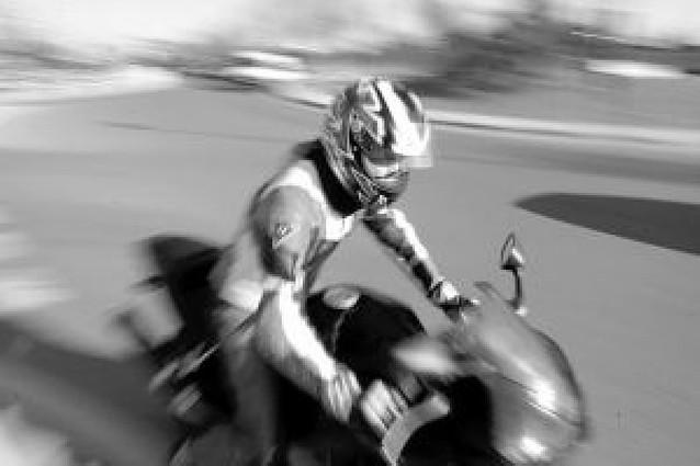 Los accidentes de motos bajan a la mitad a pesar de haberse triplicado su parque