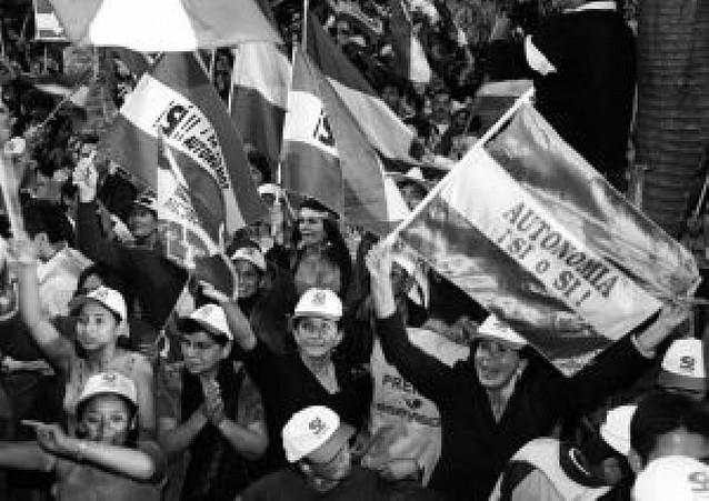 Santa Cruz proclama su estatuto de autonomía tras ganar el referéndum