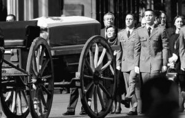 El Congreso despide con honores de Estado a Leopoldo Calvo Sotelo