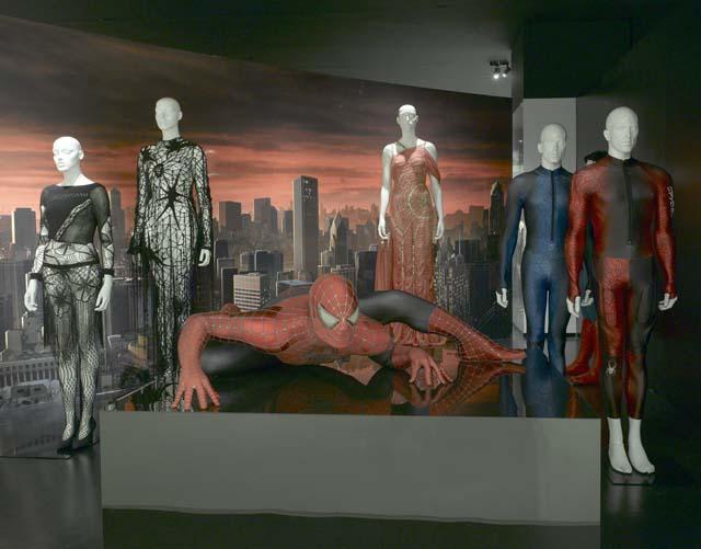 """Los """"superhéroes"""" llegan a Nueva York de la mano de Armani y del Metropolitan"""