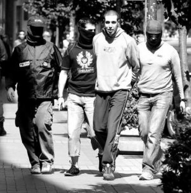Operación contra el terrorismo callejero con cinco detenidos