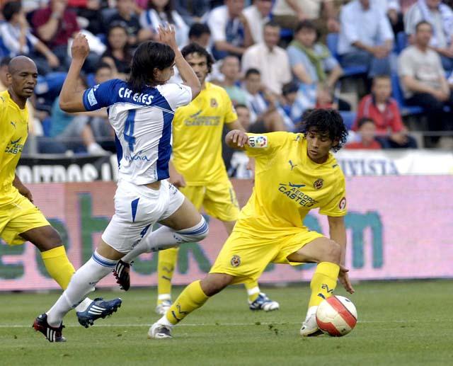 El Valencia roza la permanencia y el Zaragoza sigue en la pelea