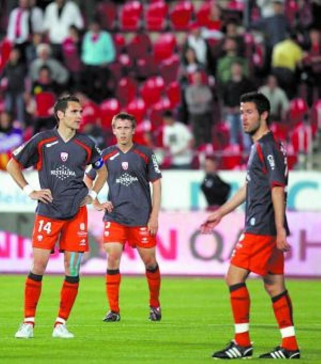 Osasuna bajaría el domingo si pierde con el Murcia, ganan Recre y Zaragoza y puntúa el Valladolid