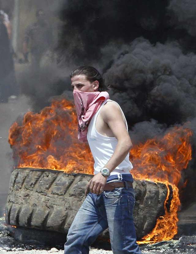 Dos muertos en los enfrentamientos entre el ejército y simpatizantes de la oposición en Beirut