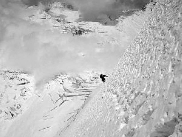 Ochoa de Olza, frenado por el riesgo de avalanchas