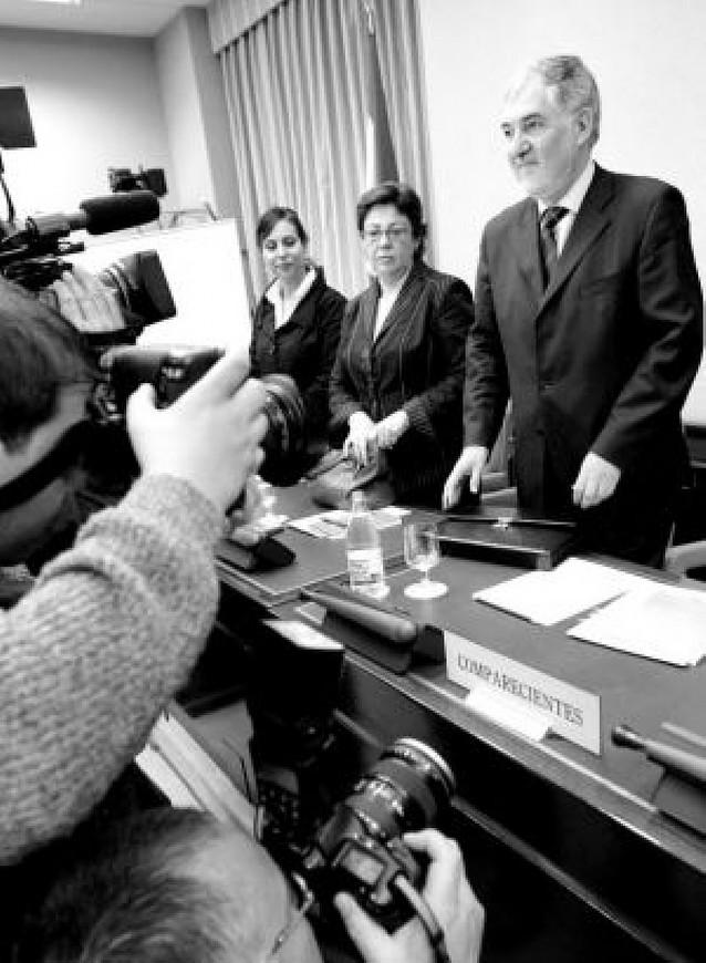 PP y Rosa Díez rechazan a Conde-Pumpido por su permisividad frente al terrorismo
