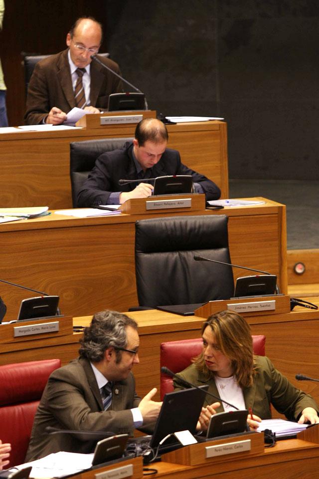 La ausencia de Txentxo Jiménez impidió cambiar la Ley foral del Vascuence