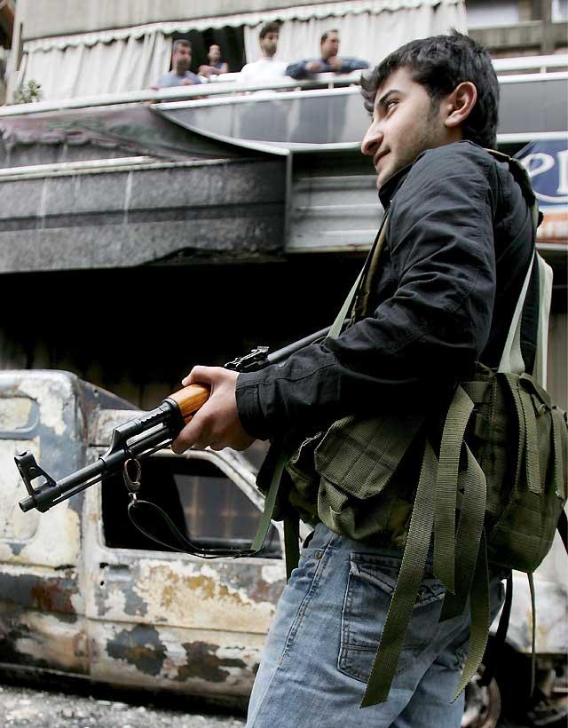 Líbano se adentra en una senda incierta tras la toma de Beirut por Hizbulá