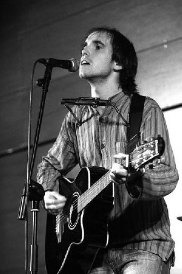 Carlos Colina gana un concurso musical de la UN