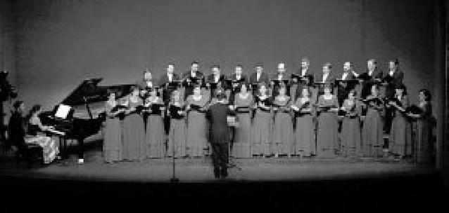 El cese de David Guindano deja a la Coral de Cámara sin coro amateur
