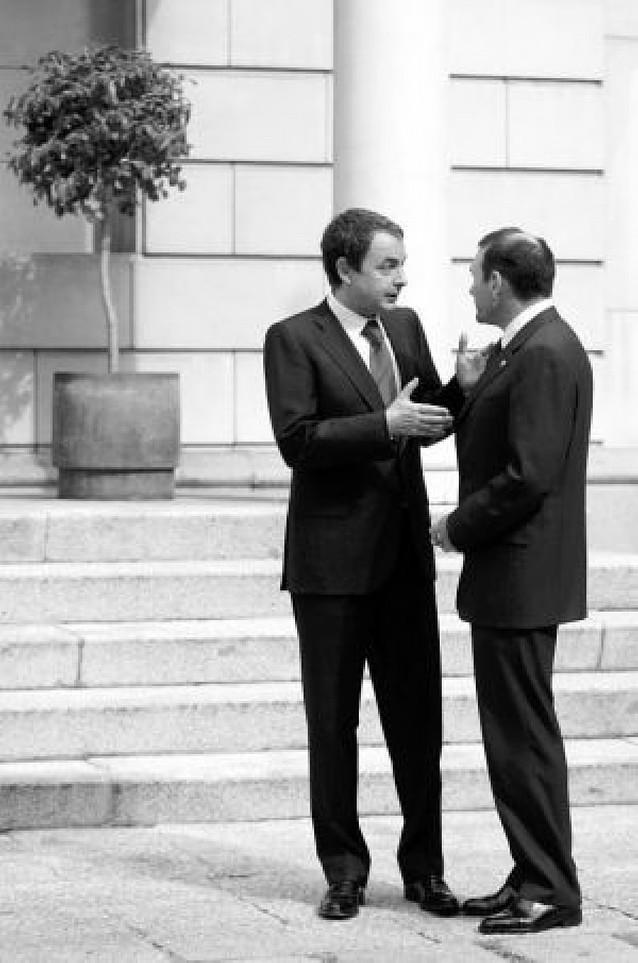 Ibarretxe pide a Zapatero un órgano común entre Navarra y el País Vasco