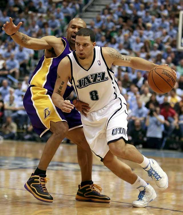 Utah Jazz recorta diferencias con los Lakers tras vencer el tercer encuentro (104-99)