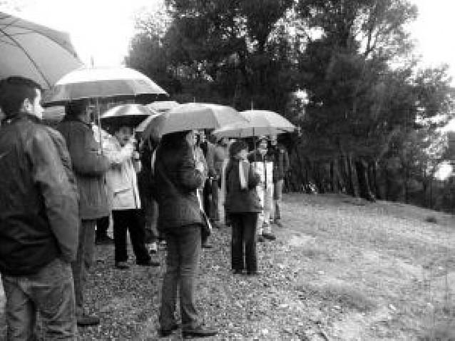 Cerca de 30 personas visitan los escenarios en los que se libró la Batalla de Tudela