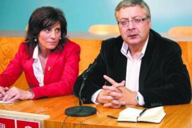 Ferraz pide al PSN que se preocupe más del proyecto que de la unidad