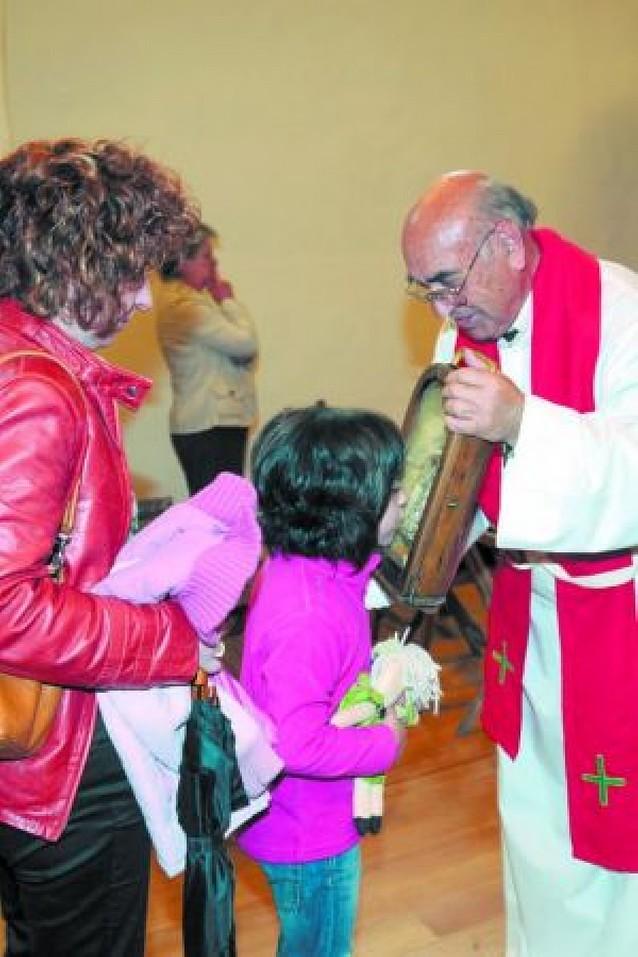 La romería a Codés congrega a medio millar de personas