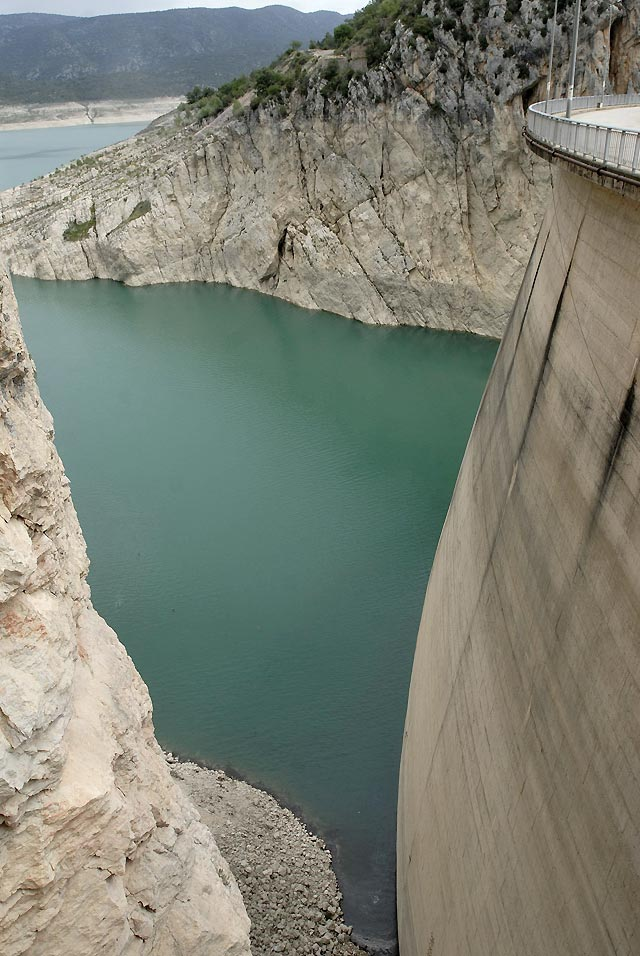 Los embalses de la Cuenca del Ebro se sitúan en el 70,2% de su capacidad
