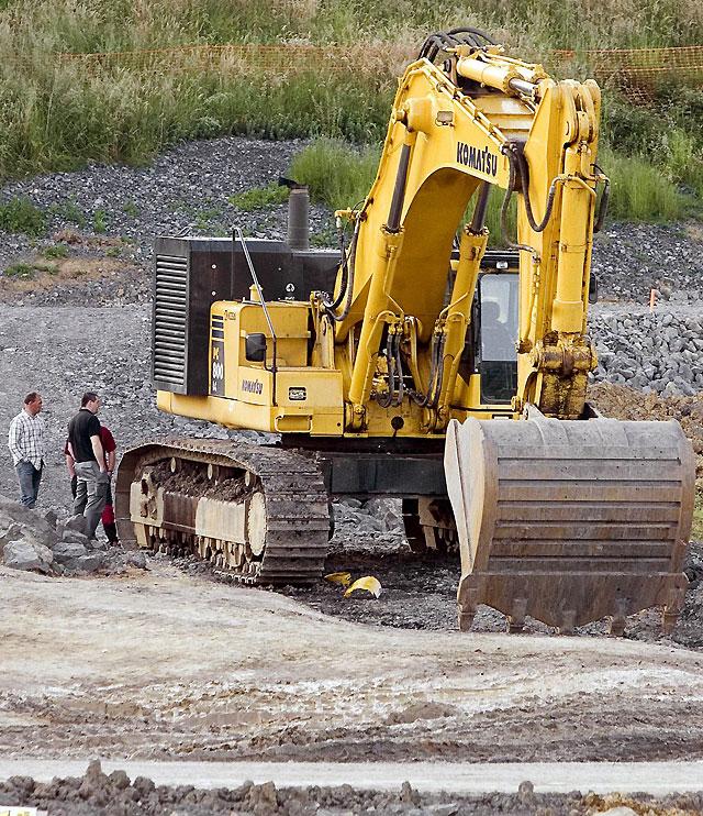 ETA reivindica un atentado cometido esta madrugada contra dos excavadoras en Hernani