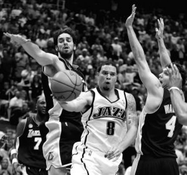 Los Jazz ganan por segunda vez a los Lakers