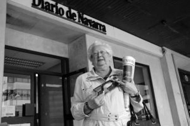 Diario de Navarra entrega el primer premio de la sopa de letras