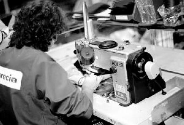 Tecnoconfort aprueba una rebaja salarial para mantener la producción