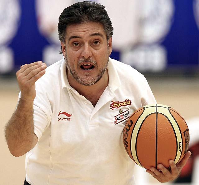 Pepu Hernández seguirá como seleccionador nacional hasta después de los Juegos