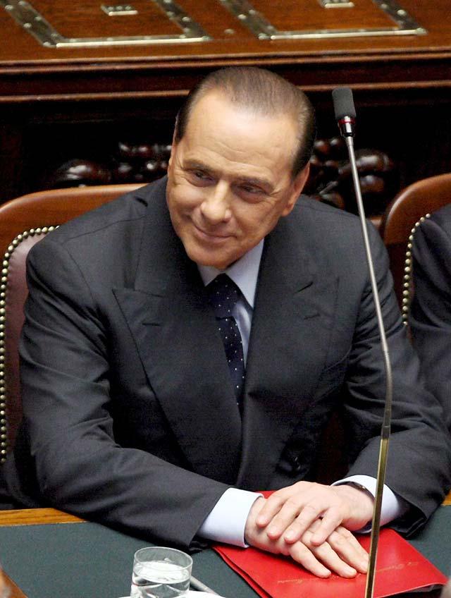 Berlusconi tiende la mano a la oposición y destaca la seguridad como prioridad