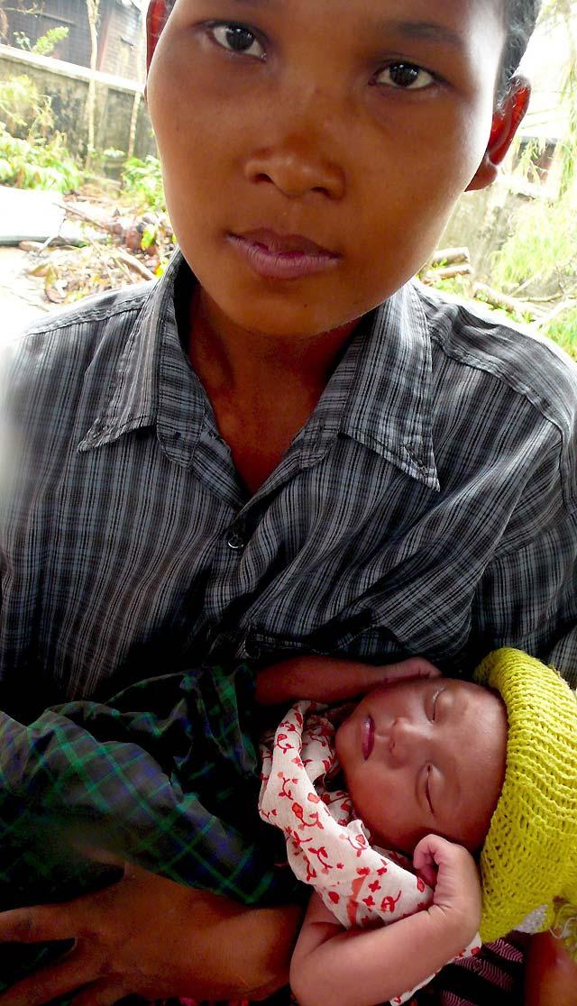 Las fuertes lluvias en Birmania afectan a los damnificados y complican las labores de ayuda