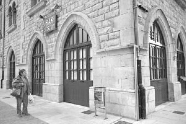 Una remodelación impedirá al bar de la estación de Estella abrir en la temporada de verano