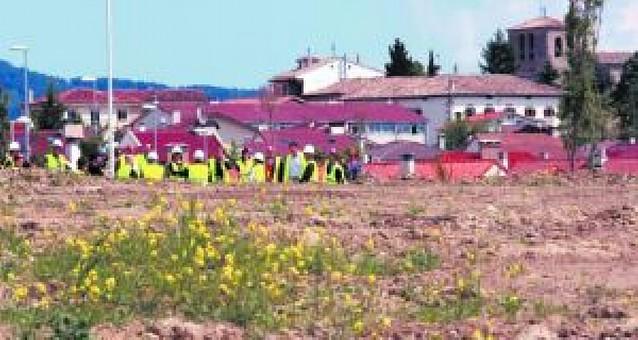 El Ayuntamiento de Zizur recibe Ardoi con 886 pisos en construcción