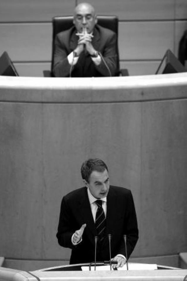 Zapatero no ve una voluntad de diálogo en Ibarretxe