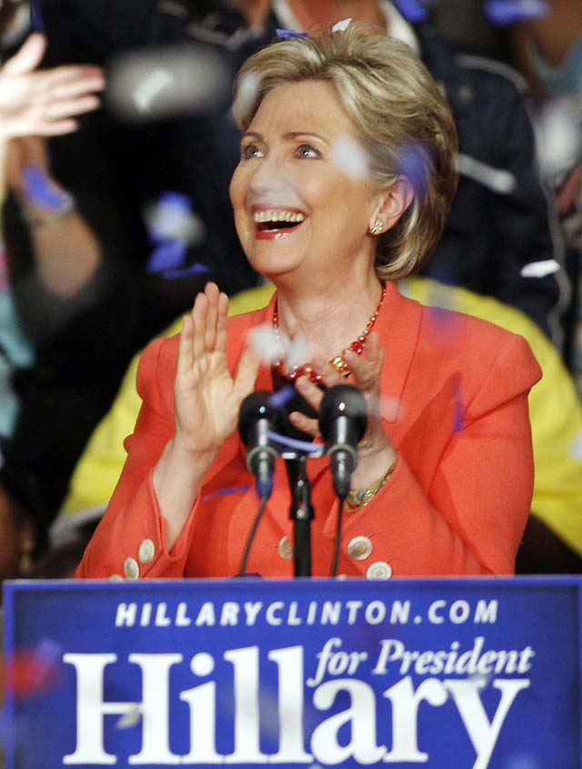 Clinton obtiene una rotunda victoria en Virginia Occidental y asegura que no se va a rendir