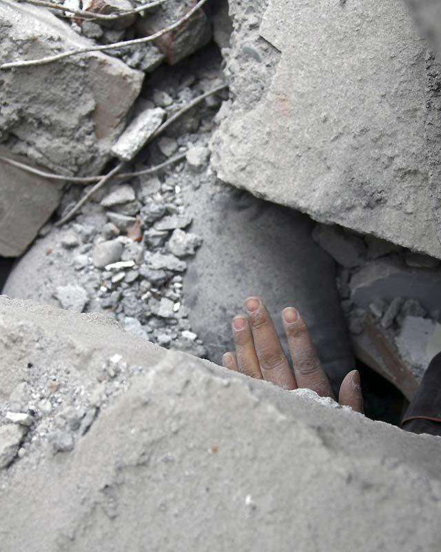 El Gobierno chino se vuelca para llegar a la zona devastada y ayudar a las víctimas