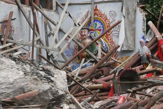 El terremoto de China afectó a una presa que, si cede, puede anegar una ciudad