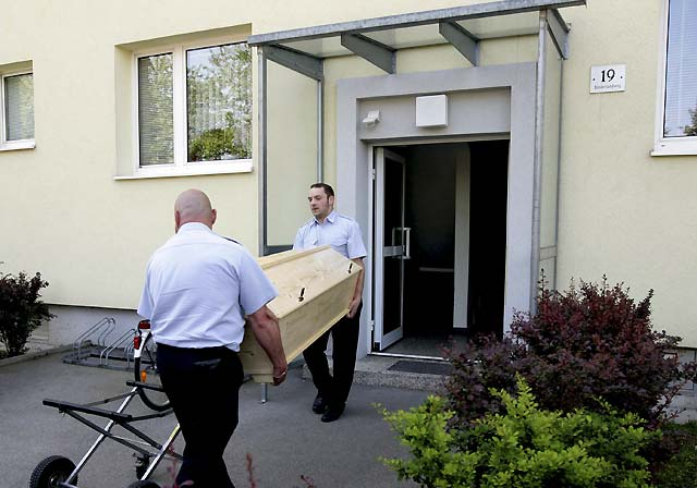 Un hombre confiesa haber matado a toda su familia en Austria