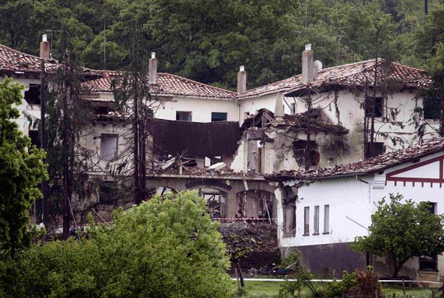 ETA montó la bomba en Francia, donde robó la furgoneta hace un mes