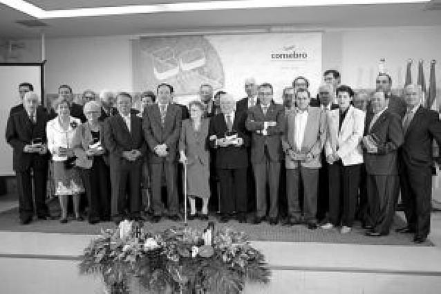 Consebro celebra su 30 aniversario con un homenaje a 23 trabajadores, socios y directivos