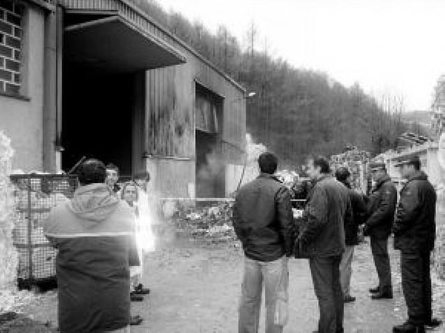 Dos arrestados por el incendio en noviembre en una papelera de Leitza