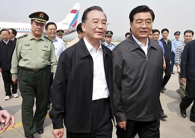 El presidente chino visita la zona más afectada por el terremoto