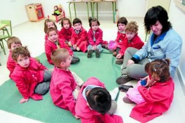 El Parlamento propone que haya 50 colegios de enseñanza en inglés en 2011
