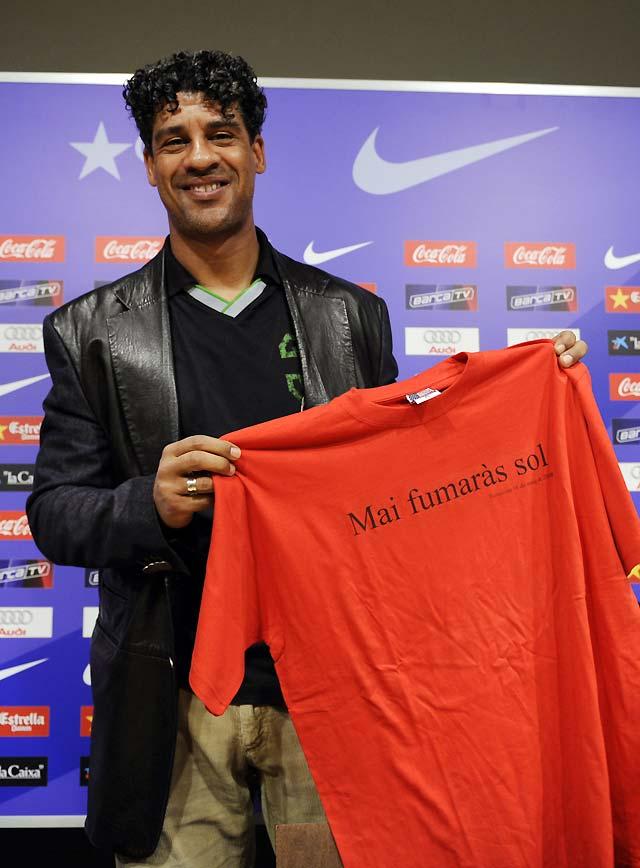 Rijkaard recibe el homenaje de la prensa