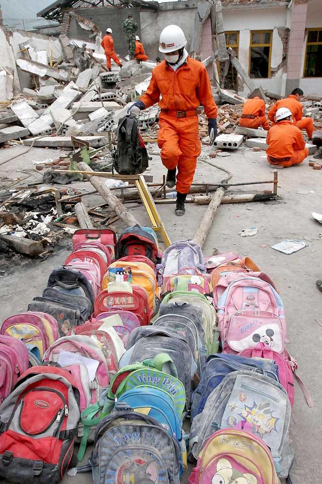 Las autoridades cifran en 28.881 los muertos por el terremoto de Sichuan