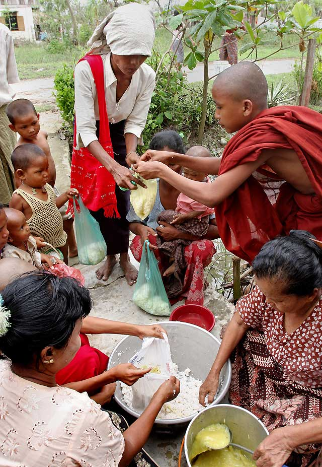 El Gobierno de Myanmar sigue rechazando a los cooperantes de los países críticos con él