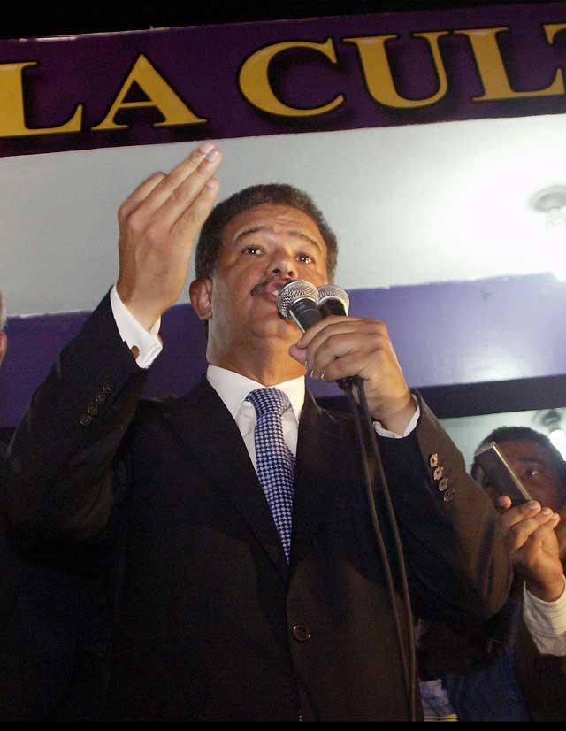 Leonel Fernández, reelegido presidente de la República Dominicana