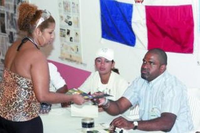 Leonel Fernández gana la reelección en la República Dominicana