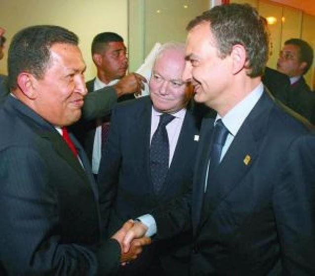 Primer paso de Zapatero y Chávez para normalizar las relaciones