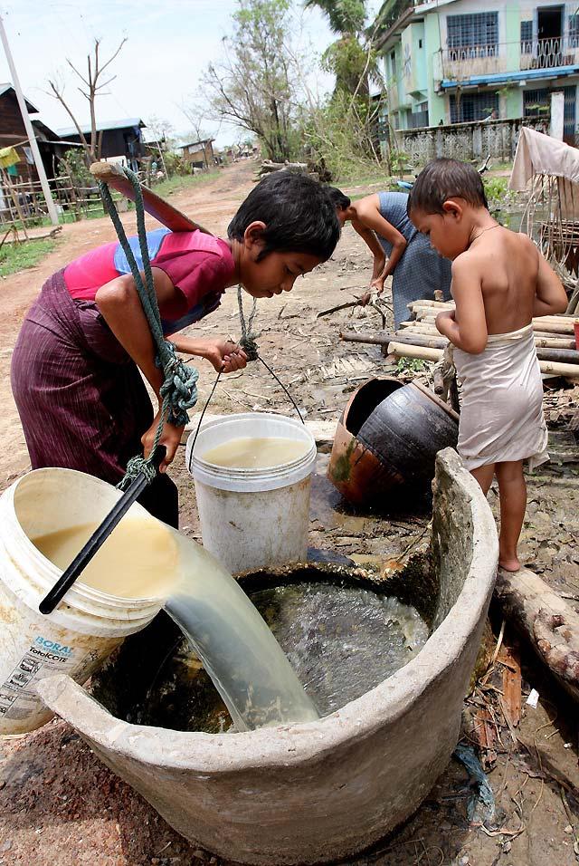 La ONU persuadirá por carta a la Junta Militar birmana para que permita la ayuda internacional