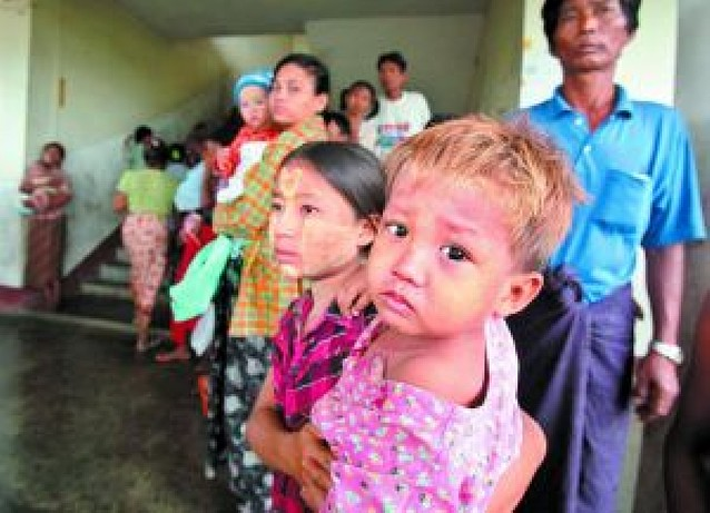 Treinta mil niños corren riesgo de morir de hambre en Birmania