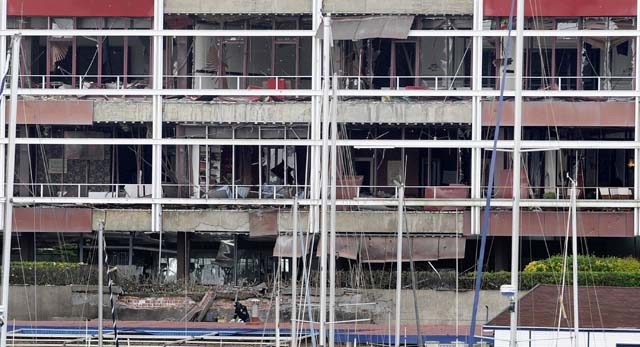 ETA hace estallar una furgoneta bomba en Guecho sin causar heridos