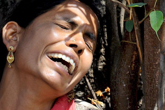 Al menos 65 muertos en el sur de la India por consumir alcohol adulterado