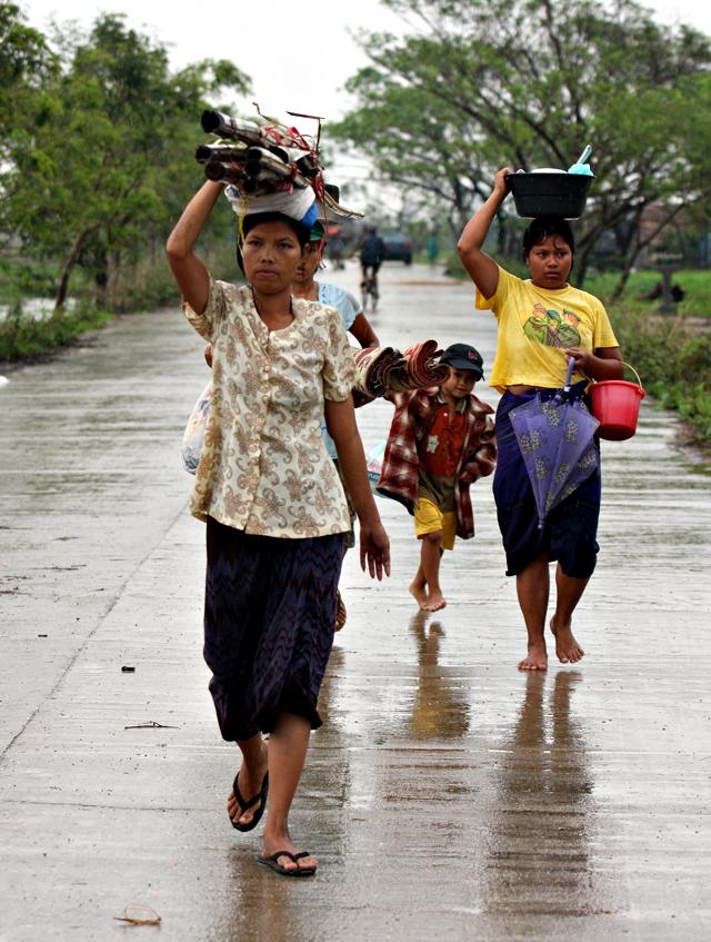 Aumenta la presión para que Junta birmana permita el desembarco de la ayuda